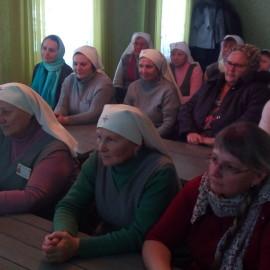 Собрание сестер милосердия храма преподобного Симеона Столпника.